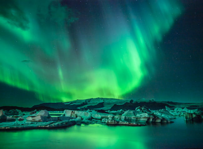 Iceland's Beautiful aurora borealis - Top 10 Bucket List Destinations