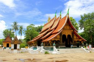 Wat-Xieng-Thong Temple - 5 Best Spots To Hit In SE Asia